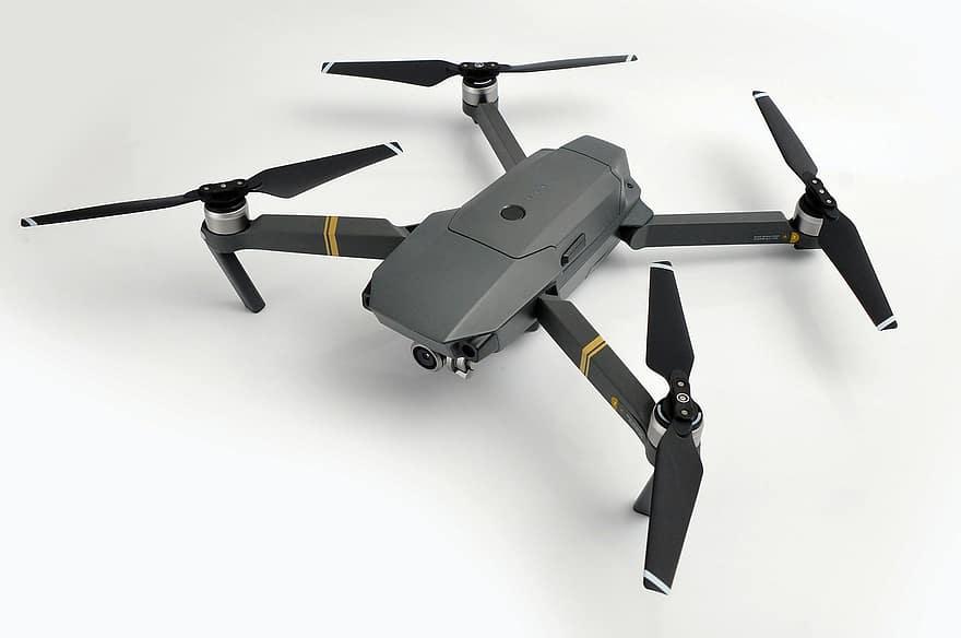 dron pelícano
