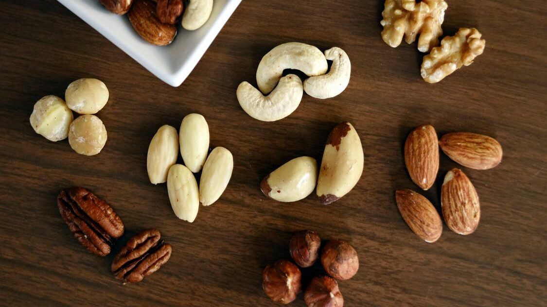 alimentos antifatiga: avellanas