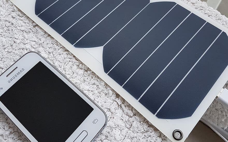 células solares ayudan al desperdicio de baterías.