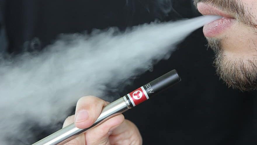 cigarrillos electrónicos producen químicos tóxicos