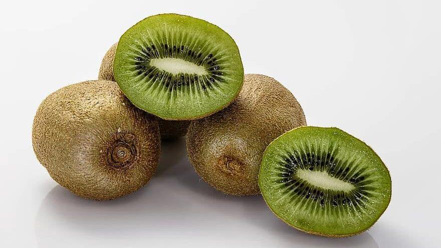 kiwis, las frutas menos contaminados por pesticidad