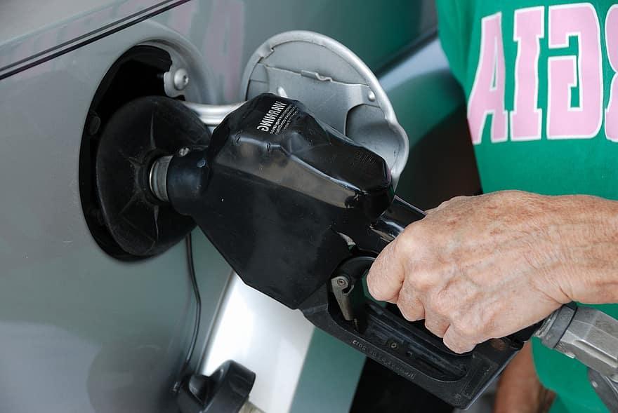 difernecia entre aceite y gasolina